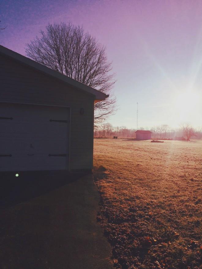 Sun, it Rises